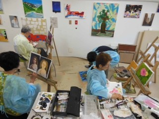 【初心者の方もみるみる実力がついていきます!】Boutons d'artアート教室
