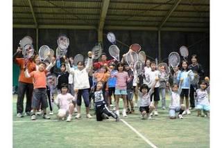 テニスの楽しさを教えます!