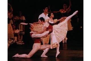 バレエで育む美しい躰と豊かな心