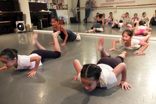 【ステファノ先生の3ヶ月ダンス講習】コンテンポラリーダンス