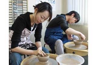 両親に贈る感謝の手作りプレゼント『陶芸体験ブライダルコース』