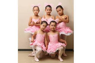 ☆ベビー科☆3歳から、かわいく楽しいバレエを始めませんか?☆