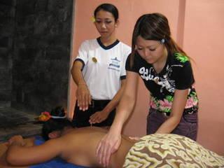 インドネシア・バリ島で学ぶ!本格バリエステ留学プログラム