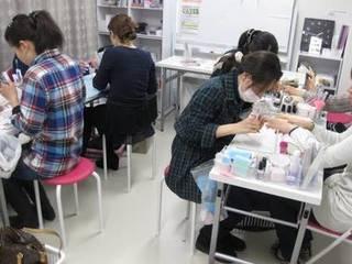 【立川市】本格派ネイルスクール ビギナーコース(JNE3級対応)