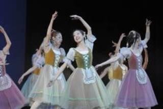 大人のバレエ初級クラス