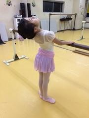 3歳から4年生までのキッズクラシックバレエ
