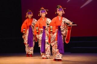 琉球舞踊のレッスン♪楽しい発表会♪王子駅♪教室ダンス(東京)