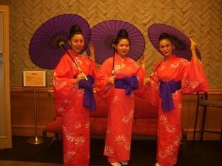 琉球舞踊のおけいこ♪楽しい発表会♪新宿駅♪教室ダンス