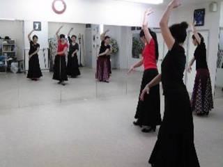 【初めてフラメンコ】ダンス未経験でも踊れる初級クラス【月4回】