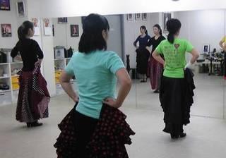 【初めてフラメンコ】ダンス未経験でも踊れる初級クラス【月2回】