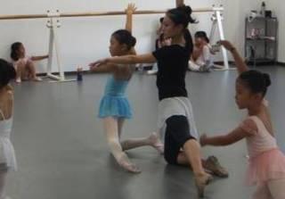 春日部、八木崎にあるバレエ教室児童A(金曜日)