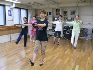 【初心者クラス やさしいタップダンス講座】 貸し靴無料