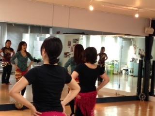 最初の一歩から☆大阪ベリーダンス体験/女性のみ