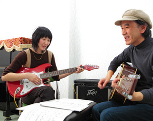 マンドリン・ギターコース ◇梅田校◇