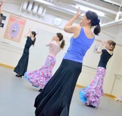 【火曜:14時半〜】『初めての方の入門クラス』(90分)【フラメンコとスペイン古典舞踊が習える】
