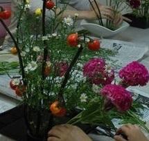 〝花も人も個性を尊重〟 現代花から伝統花まで いけばな未生流中山文甫会