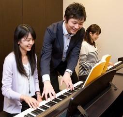 初めての方のための 「はじめてピアノコース♪」