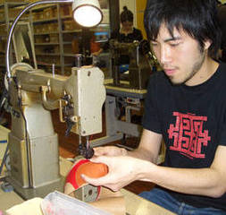 【2ヶ月で本格的な靴作りを学べます!】中級 製靴技術習得 コース(短期集中クラス)