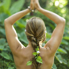 古代ハワイアン伝統『ロミロミ』流れるような美しい手技とハワイの大地の力。極上のリラクゼーションを学ぶ
