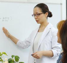 日本 アロマ マイスタースクール