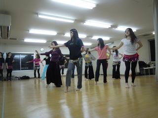 新開講!2月までお月謝5000円【ベリーダンス初中級】ご経験のある方向けクラス☆泉の広場すぐ