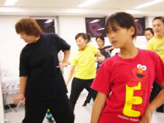 今流行のカッコイイダンスで踊りたい!!