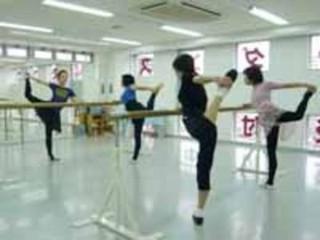 世界的なバレエダンサーの先生に習う本格バレエ!