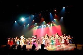 ステージで輝きたいダンサー志望のあなたにTroupeトレーニング 基礎【木曜・夜】