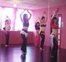 土曜の昼にベリーダンスで女子力UP!!【エジプシャンクラス】
