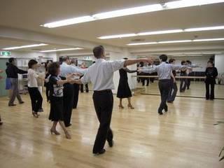 社交ダンスグループレッスン 体験レッスン