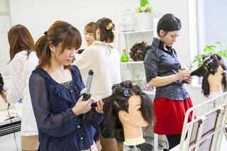 JMS専攻 1年プロマスターヘアメイクコース