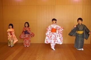 はじめての日本舞踊 駅3分 大人も可能 お子様もお待ちしてます。