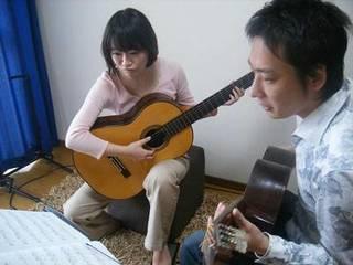 子供と大人の!親子ギター体験レッスン