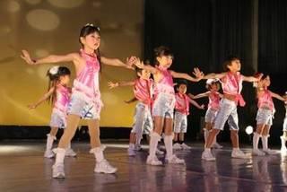 夢はダンサー☆キッズ&ジュニアJAZZ~テーマパークやミュージカルで踊るようなダンスです~
