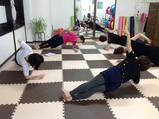 ストレッチ&トレーニングのストレーニング教室
