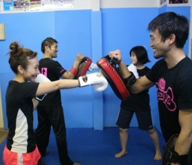 【人気急上昇】プロ格闘家が直接指導!キックボクシング・ダイエット体験コース