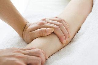 【1日講座】ハンド・リンパ セラピスト養成コース|腕から手のリンパケア