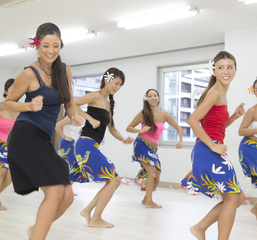 TeRa KYOKO主宰!!!本場のタヒチアンダンスを体験!!!【オテア初級】体験レッスン<新宿校>