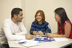 資格 留学 プログレスインターナショナル大阪校 多言語 英検 TOEIC TOEFL