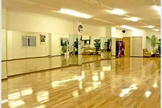 ドリームダンススタジオ
