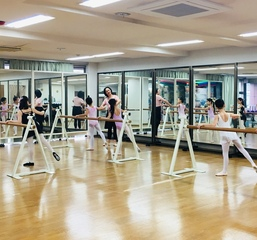 《小学校低学年 Cクラス》~バレエレッスン~ @武蔵野市 ◆武蔵境...
