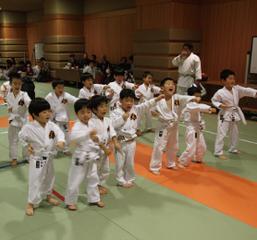 東京空手倶楽部秋葉原教室 (幼児〜一般)