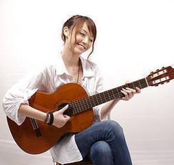 【ギター・無料体験あり!】大人から始めるギター。好きな曲をかっこよく弾いてみませんか?【初心者歓迎】