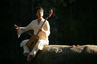 モンゴルの風を感じて【馬頭琴】(宮地楽器MUSIC JOY渋谷 【...