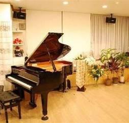 サロン ドゥ ユニヴェール 【美遊音倶楽部】センター南駅〜ボーカル・ピアノ・声楽