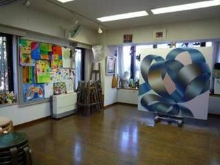 落ち着く室内で現役講師が丁寧に指導します(中元宣子絵画教室 水曜日...