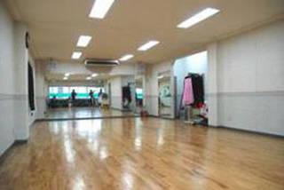 クラウンダンススクール