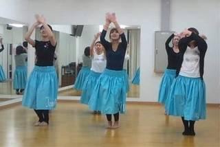 ☆無料体験開催中☆楽しくフラダンスを踊ってみませんか?(フラスタジ...