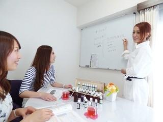 アロマスクール ラグジューム【NARDアロマテラピー協会認定校】