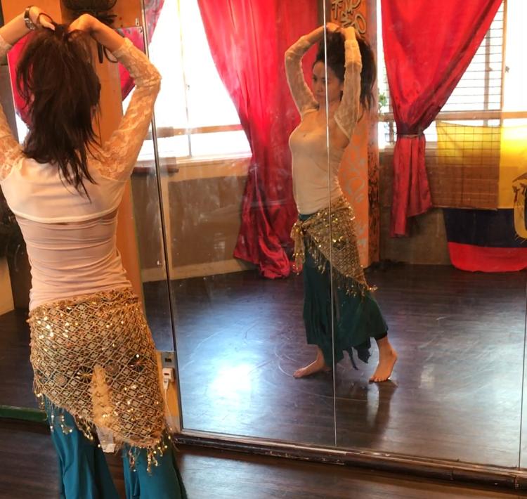 Gül Bahar Belly Dance School(ギュル バハール ベリー ダンス スクール)